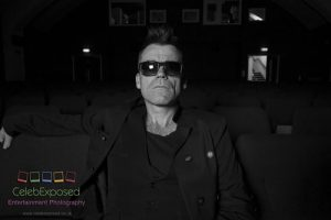 Mike Andrew as Robbie Williams Exclusive Photos With Blazing Minds