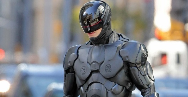 RoboCop Suited and Rebooted!