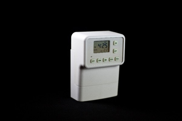 light switch timer security lighting for your home. Black Bedroom Furniture Sets. Home Design Ideas