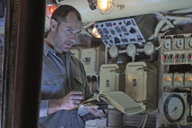 First Clip for Black Sea With Jude Law
