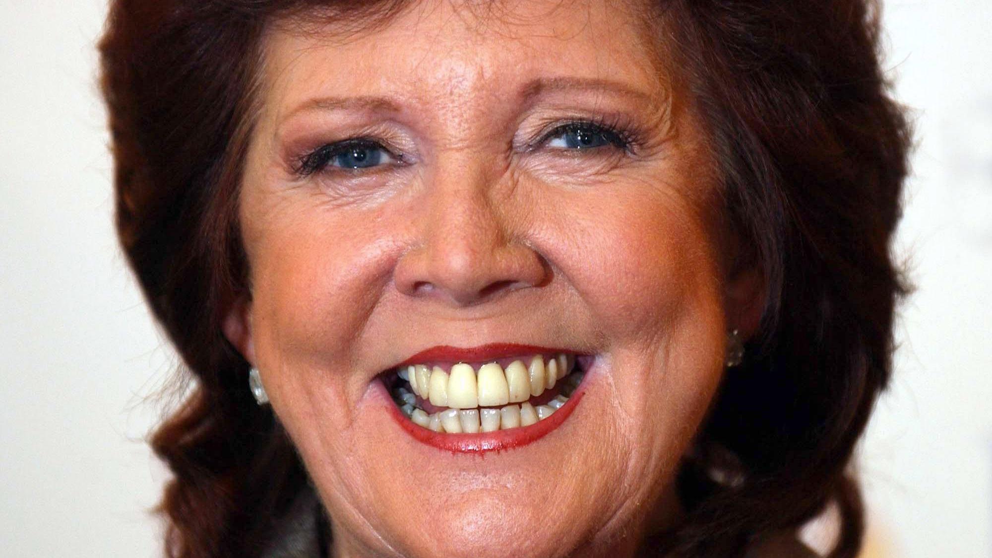 Cilla Black Dies ages 72