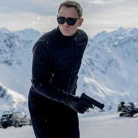Daniel Craig says he WILL be back for Bond 25
