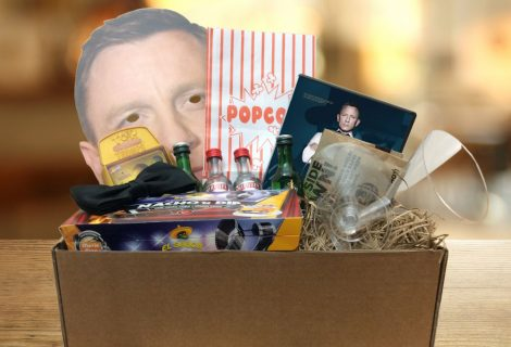 GiftAlien Bring You A Movie Night In, Shaken Not Stirred