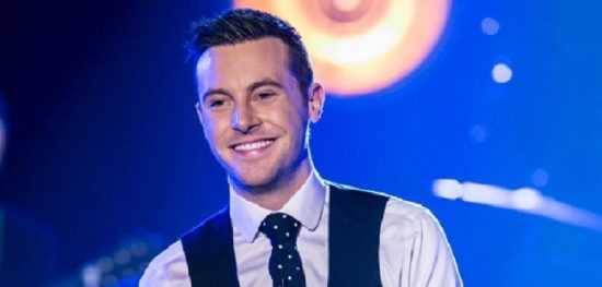 Nathan Carter heads to the Rhyl Pavilion, North Wales