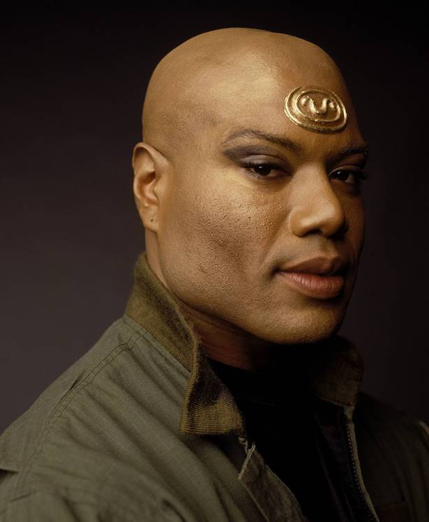Lates Guest news from #SFW9: Christopher Judge Cancels Sci-Fi Weekender and is Replaced by Dinosaur Hunter/Wonderlander Andrew Lee Potts