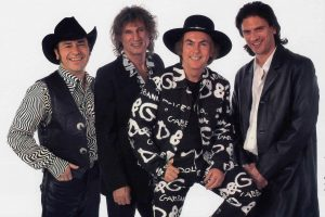 Slade are back for Christmaaaas! and Heading to Wrexham